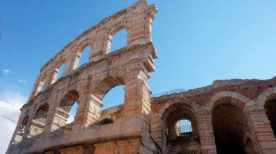 Calzedonia e Rana i Founder di 67 Colonne per l'Arena di Verona